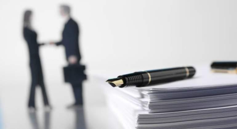 contrato-firma-770