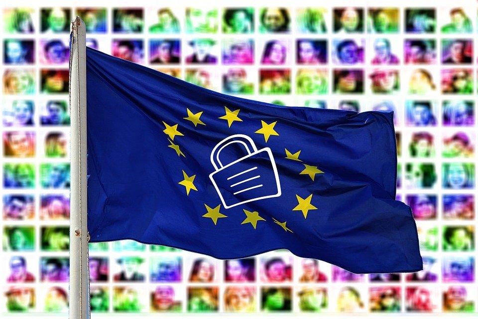 4 - El Gobierno adapta el Reglamento europeo de Protección de Datos a la normativa española