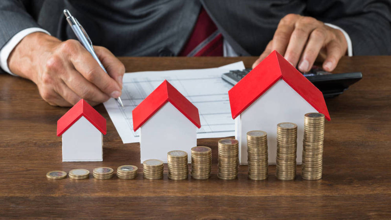 herencias - Hacienda no podrá revisar los impuestos por heredar casa si se calculan según la ley