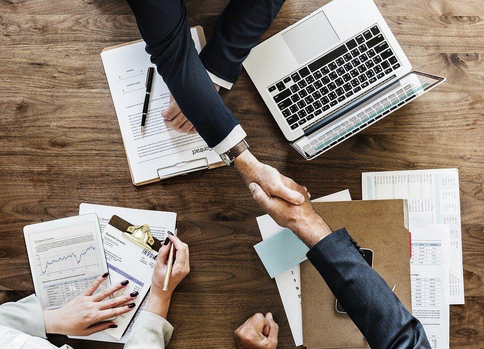 2 1 - Trabajo planea encarecer un 40% la cotización de los contratos de cinco días o menos